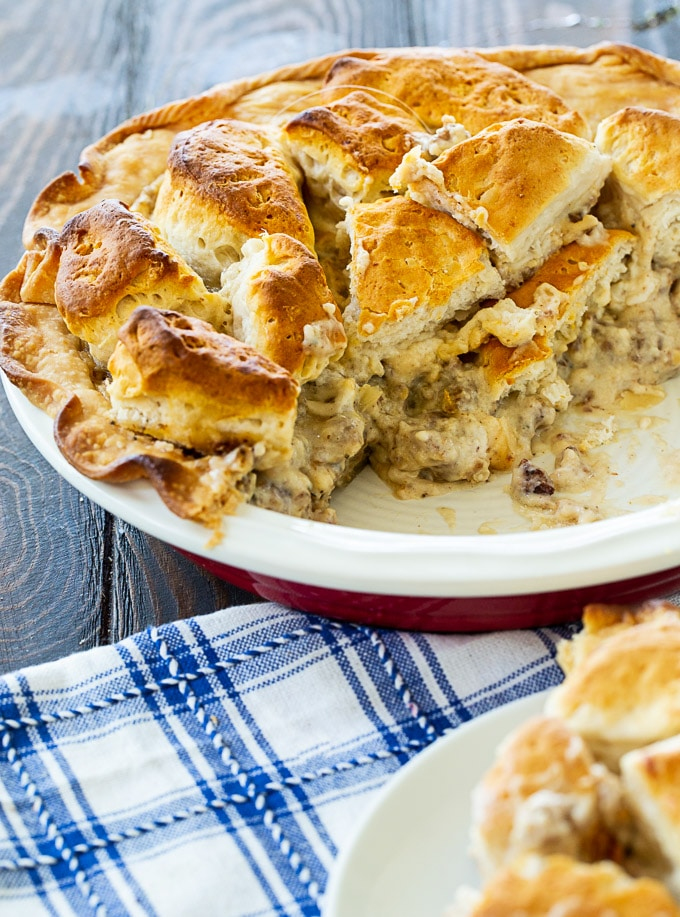 Biscuits and Gravy Pie in pie pan