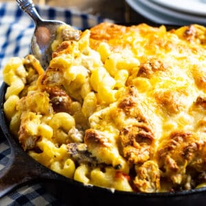 Breakfast Mac and Cheese in cast iron pan.