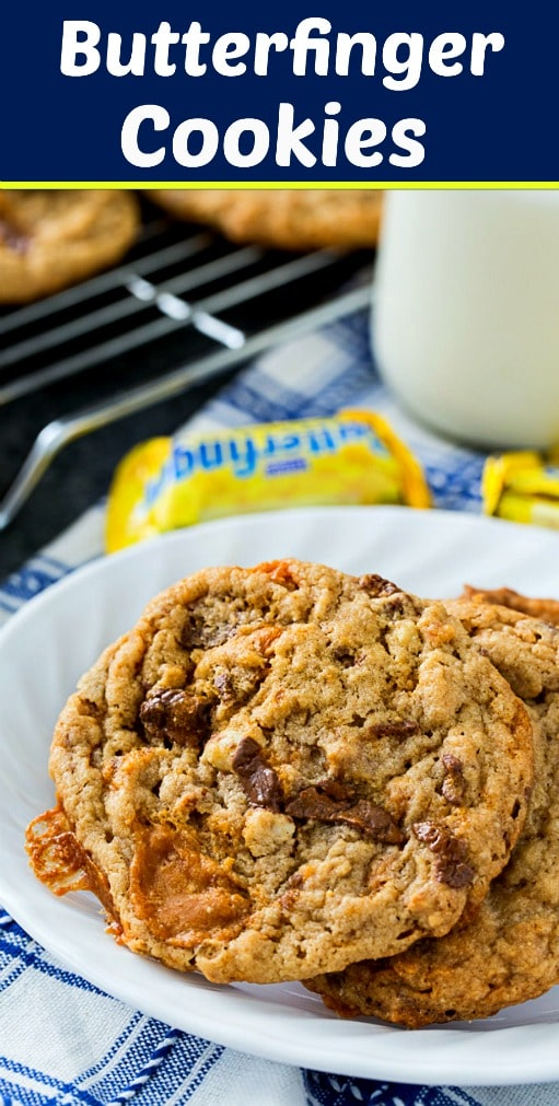 Butterfinger Cookies have lots of butterfinger and peanut butter flavor #cookies #peanutbutter