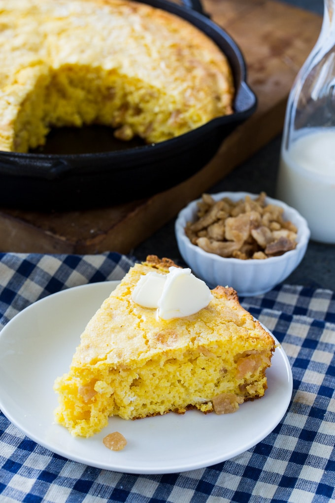 Cornbread made with pork cracklings