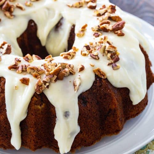 Bundt Cake with Hummingbird Flavors
