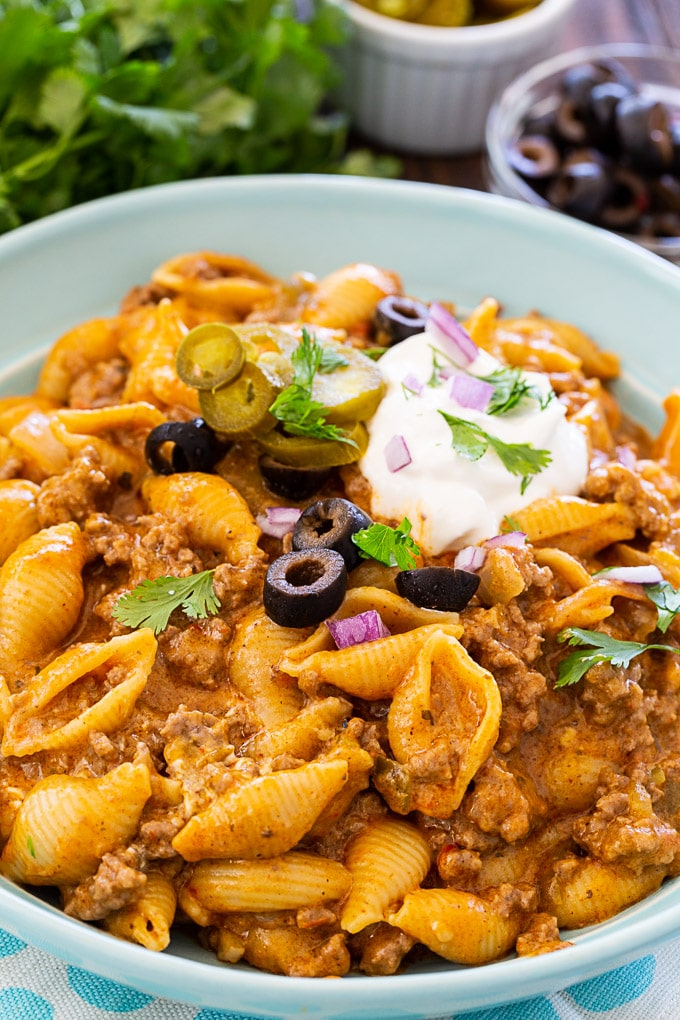 Cheesy Taco Pasta with toppings