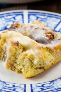 Bisquick Cinnamon Roll on a blue and white plate.