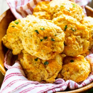 Red Lobster Biscuits in a wooden bowl.
