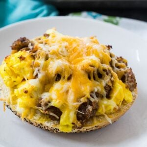 Sausage, Egg & Cheese Breakfast Bagel Pizzas
