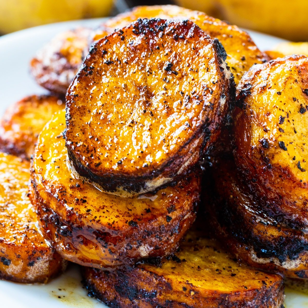 Spicy Melting Potatoes piled up on a plate.