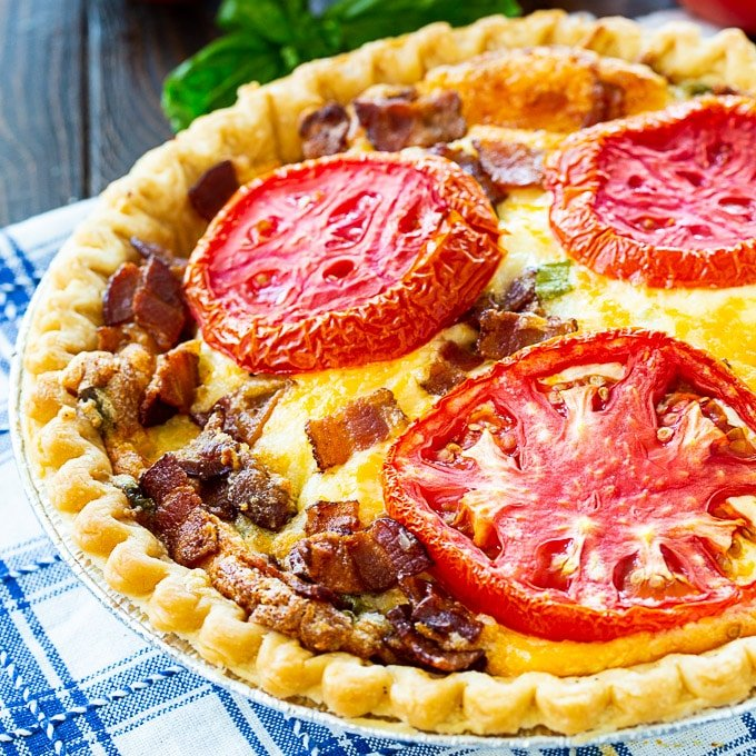Tomato Pie with Bacon