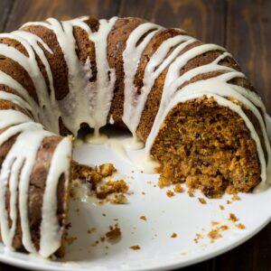 Cinnamon Caramel Applesauce Coffeecake