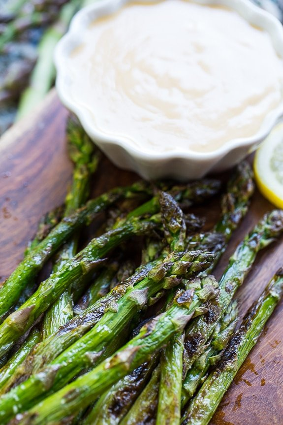 Grilled Asparagus with Wasabi-Soy Dipping Sauce #SplendaSweeties #SweetSwaps