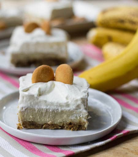 Banana Pudding Bar on a small white plate.
