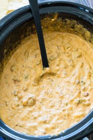 Crock Pot Beef Queso