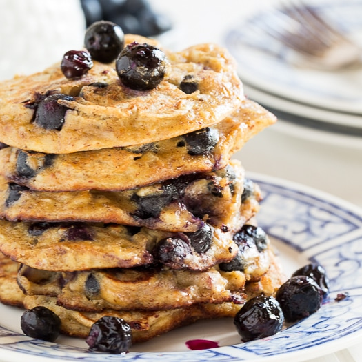 Blueberry Almond Protein Pancakes #glutenfree #healthy