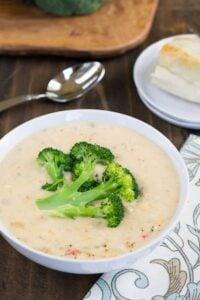 Queso-Broccoli Potato Soup