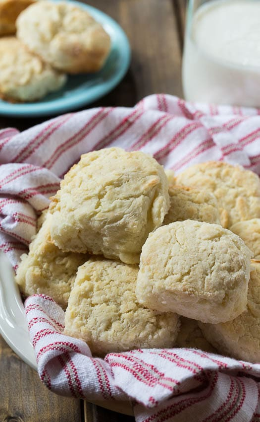 Callie's Classic Buttermilk Biscuits recipe