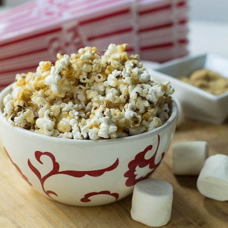 Marshmallow Caramel Popcorn in serving bowl.