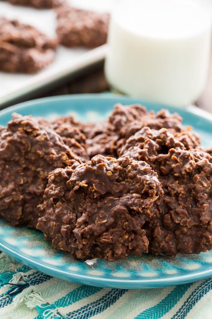 No-Bake Chocolate Oatmeal Cookies