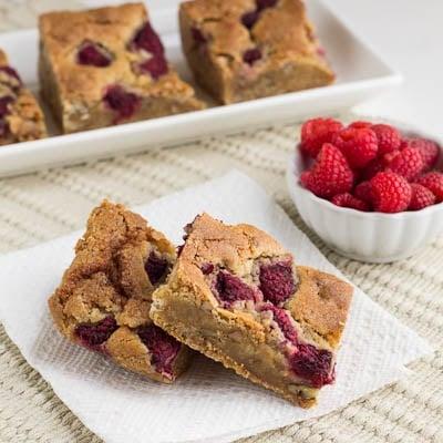 raspberry-pecan bars