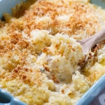 Creamed Cauliflower- a creamy and cheesy vegetarian casserole with a buttery breadcrumb topping.