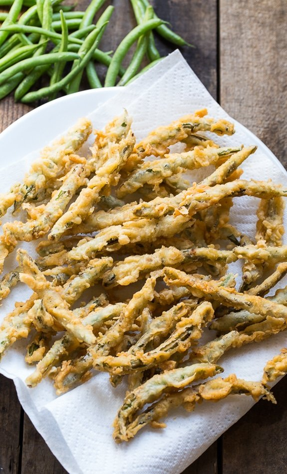 Fried Green Beans in a super flavorful and crispy batter.
