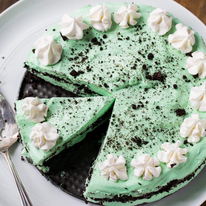 No Bake Grasshopper Pie