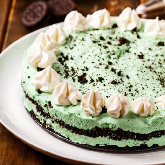 No Bake Grasshopper Pie