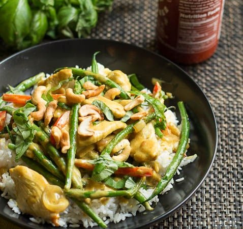 Basil, Chicken, and Green Beans in Coconut Curry Sauce - Spicy ...