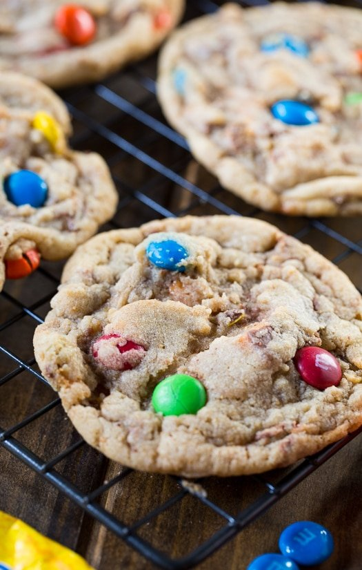 Halloween Candy Cookies - chop up your excess Halloween candy and add it to an easy cookie dough.