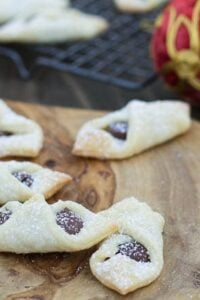 Bowtie Cookies with Nutella