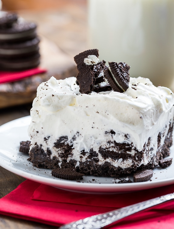 Cookies and Cream Ice Cream Sheet Cake. So easy!