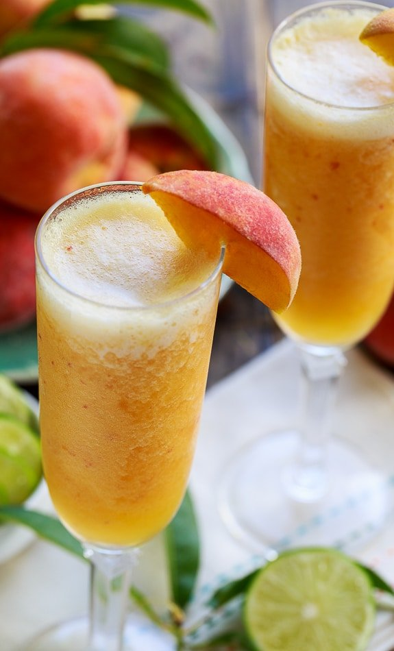Frozen Peach Bellini Mocktails #sponsored #SweetSwaps #SplendaSweeties