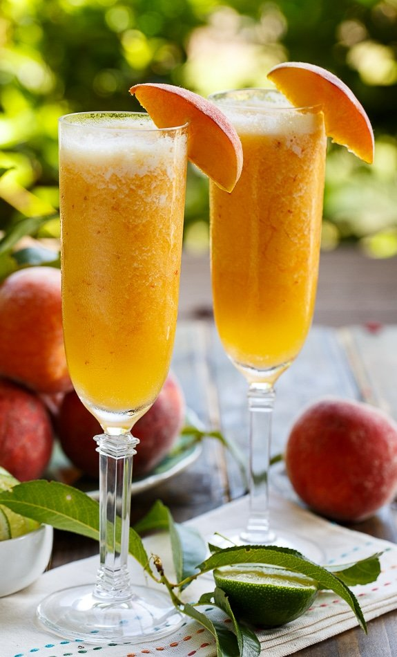 Frozen Peach Bellini Mocktails #sponsored #SplendaSweeties #SweetSwaps
