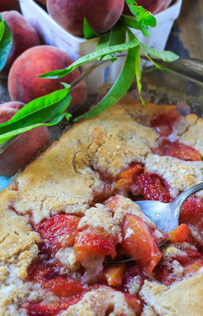 Easy Southern Peach Cobbler. My favorite summer dessert.