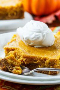 Pumpkin Spice Gooey Butter Cake