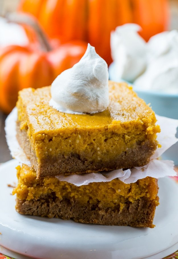 Pumpkin Spice Gooey Butter Cake- tastes like pumpkin pie but so much easier to make and feeds a crowd!