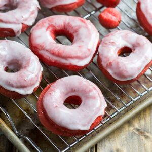 Red Velvet Donuts with Glaze. Perfect for Valentine's Day #doughnuts