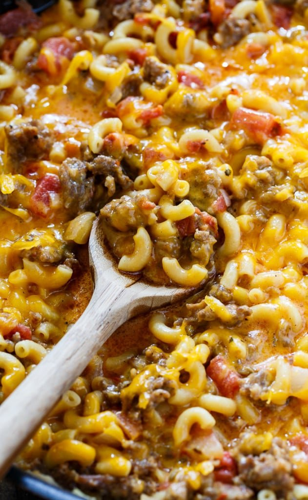 Stovetop Sausage Mac and Cheese- ready in under 30 minutes. Only 1 pot needed!