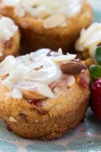 Easy Strawberry Cream Cheese Danishes