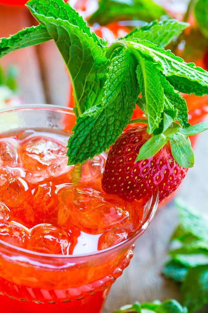 how to make strawberry mojito recipe