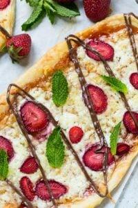 Strawberry Nutella Dessert Pizza