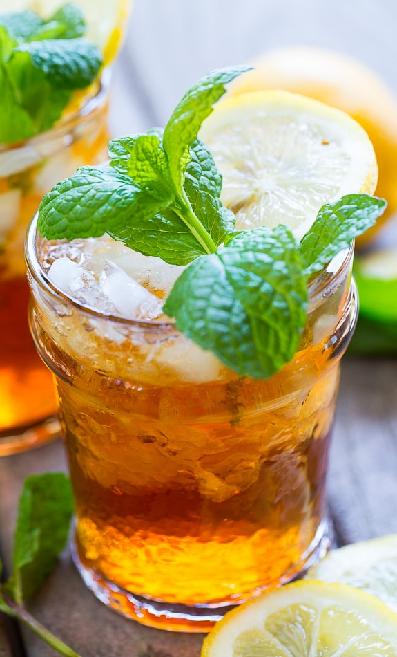 Sweet Tea Mint Julep - the perfect southern cocktail for a Kentucky ...