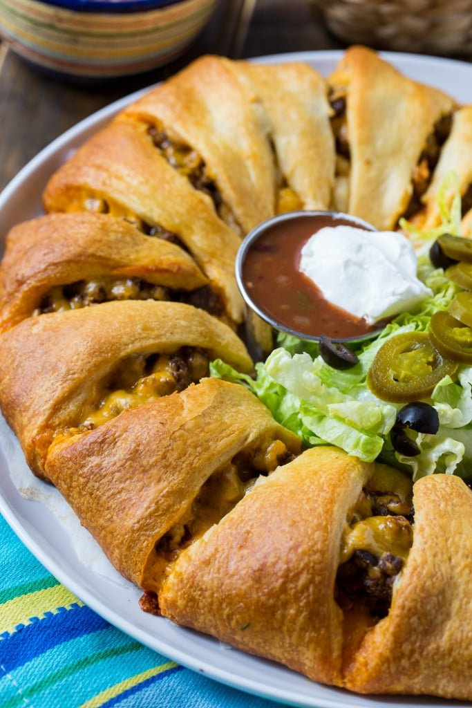 Taco filled crescent ring makes a great family dinner or game day snack.