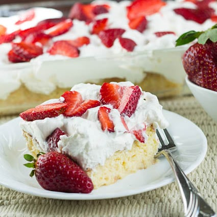 strawberry tres leches cake tres leches cake with strawberries spicy southern kitchen 7777