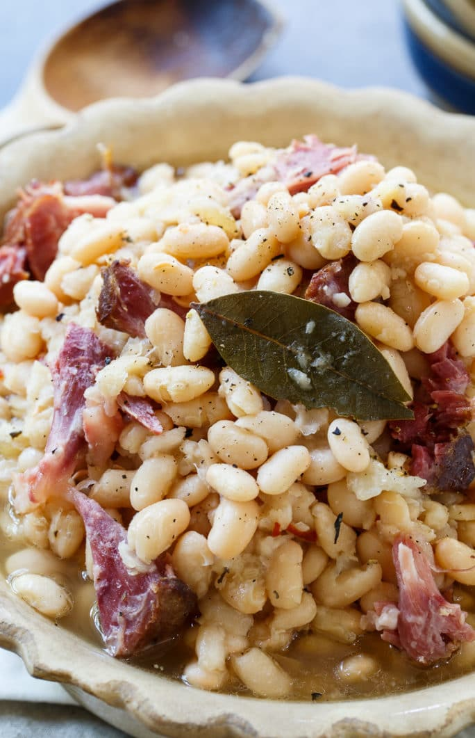 Slow Cooker White Beans with Ham Hocks